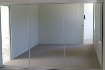 Slimline Triple Mirror Sliding Robe Doors