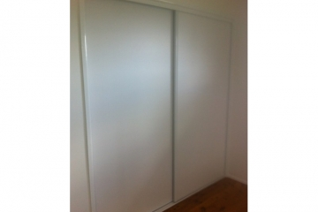 Glacier White Vinyl Sliding Robe Doors